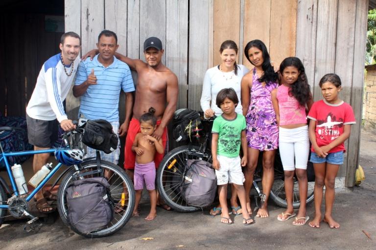 8-Nous-Velo-Humains-Portraits-Famille-Pataxo-Barra-Velha-Bahia-Bresil©TerraTributa