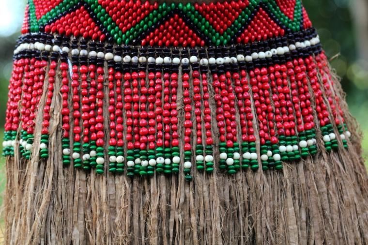Saia India : jupes traditionnelles en graines et paille
