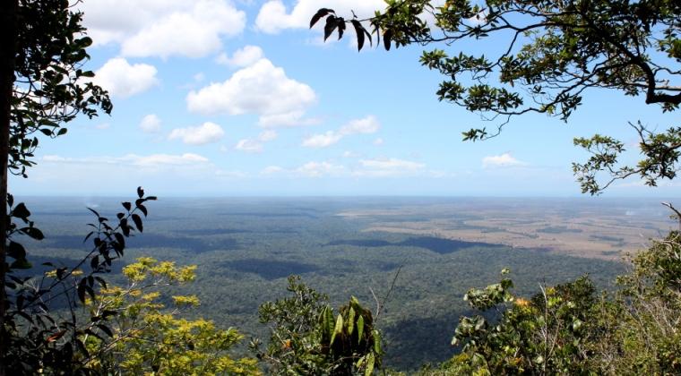 """Graças a nossos amigos Pataxós, tivemos a oportunidade de conhecer o Parque Nacional do Monte Pascoal. Foi nesse lugar que os portugueses """"descobriram"""" o Brasil em 22 de abril de 1500."""