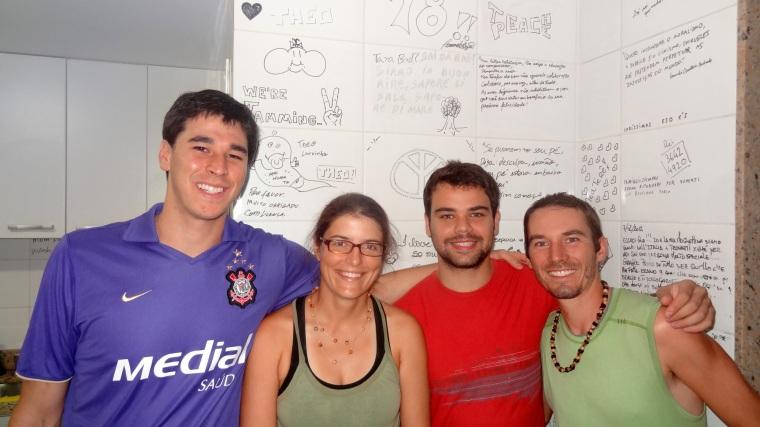 Obrigado a nossos calorosos anfitriões de Teresópolis, Fernando à esquerda e Lucas à direita.
