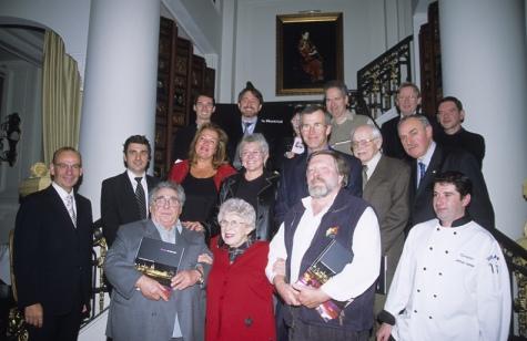 20 octobre 2005, notre premier lancement de livre en compagnie de plusiieurs français de Montréal dont Jérôme Ferrer (à droite de la photo)